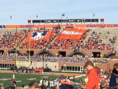 Memorial Stadium (Champaign), sección: 109, fila: 32, asiento: 20