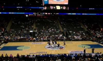 Prudential Center, sección: 8, fila: 20, asiento: 20