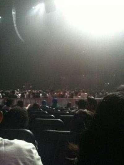 Microsoft Theater, sección: Orchestra Right Center, fila: T, asiento: 208