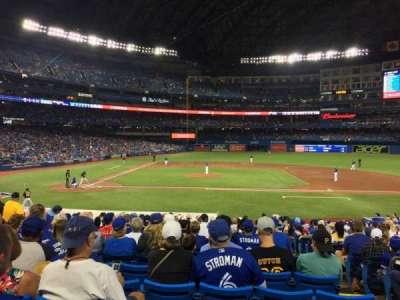 Rogers Centre, sección: 117L, fila: 26, asiento: 103