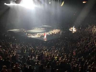 Allstate Arena, sección: 202, fila: A, asiento: 2