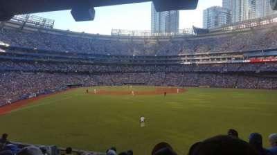 Rogers Centre, sección: 105L, fila: 9, asiento: 101