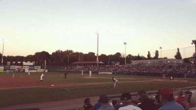 Joseph L. Bruno Stadium, sección: 230, fila: H, asiento: 1