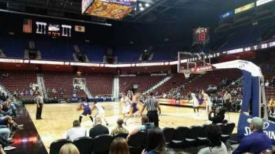 Mohegan Sun Arena, sección: 21, fila: D, asiento: 7