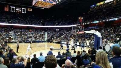 Mohegan Sun Arena, sección: 21, fila: F, asiento: 10