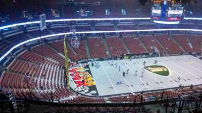 Honda Center, sección: 437, fila: N, asiento: 8