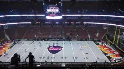 Honda Center, sección: 433, fila: M, asiento: 8