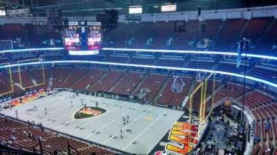 Honda Center, sección: 429, fila: M, asiento: 8
