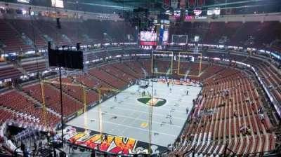 Honda Center, sección: 421, fila: M, asiento: 8
