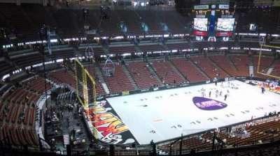 Honda Center, sección: 417, fila: M, asiento: 8