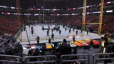 Honda Center, sección: 216, fila: P, asiento: 8