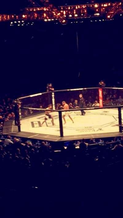 Madison Square Garden, sección: 118, fila: 22, asiento: 19