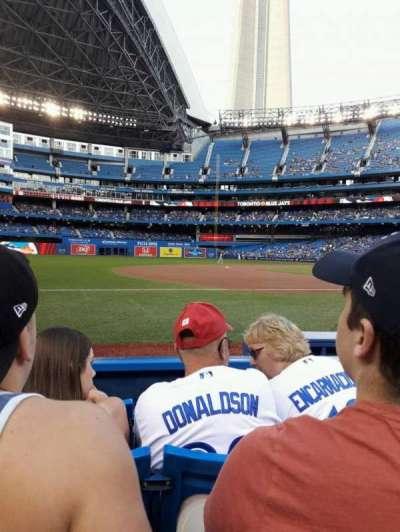 Rogers Centre, sección: 129R, fila: 4, asiento: 4