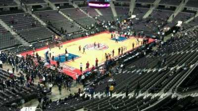 The Palace of Auburn Hills, sección: 220, fila: 4, asiento: 001