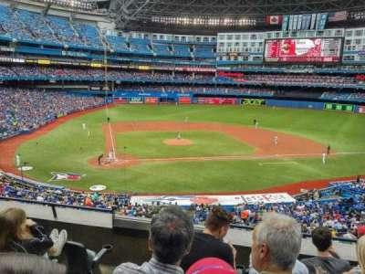 Rogers Centre, sección: 220L, fila: C, asiento: 108