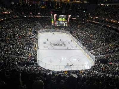 T-Mobile Arena, sección: 213, fila: M, asiento: 7