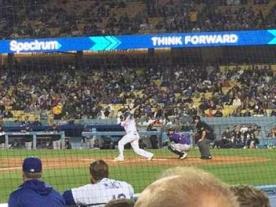 Dodger Stadium, sección: 13DG, fila: DD, asiento: 12
