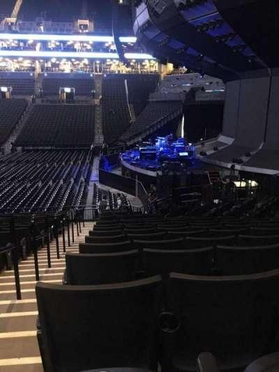 Barclays Center, sección: 6, fila: 17, asiento: 8