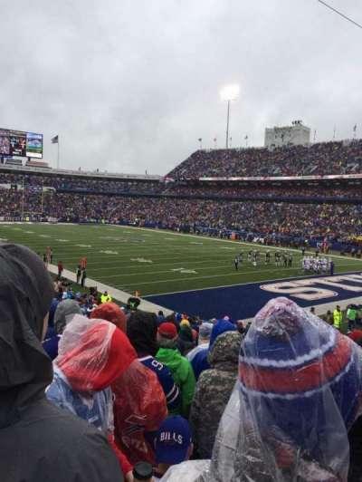 New Era Field, sección: 126, fila: 27, asiento: 13