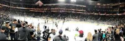 T-Mobile Arena, sección: 16, fila: DD, asiento: 17