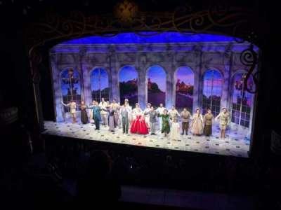 Broadhurst Theatre, sección: Mezzanine, fila: D, asiento: 2