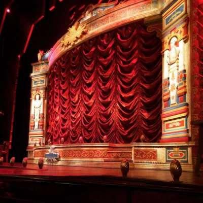 Walter Kerr Theatre, sección: Orchestra, fila: B, asiento: 12
