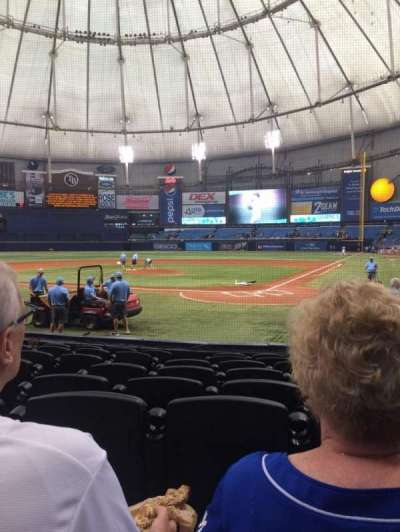 Tropicana Field, sección: 105, fila: M, asiento: 1