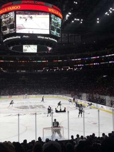 Staples Center, sección: 107, fila: 17, asiento: 6