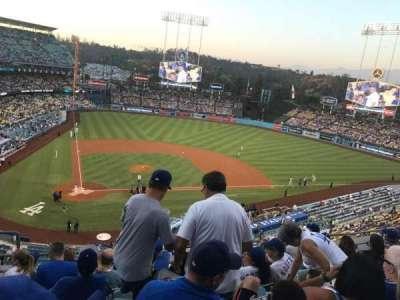 Dodger Stadium, sección: 8Rs, fila: G, asiento: 3