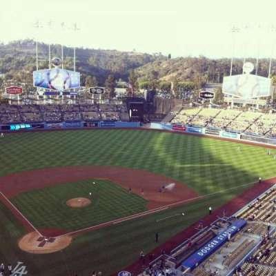 Dodger Stadium, sección: 6TD, fila: A, asiento: 3