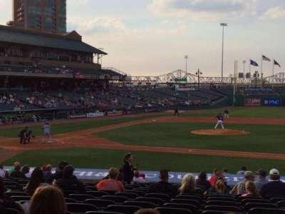 Louisville Slugger Field, sección: 110, fila: V, asiento: 12