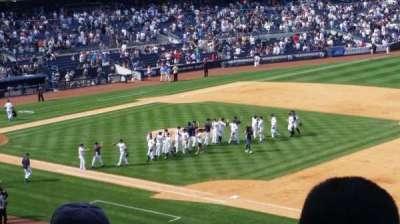 Yankee Stadium, sección: 213, fila: 12, asiento: 9