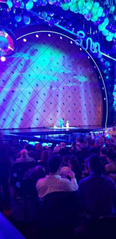 Palace Theatre (Broadway), sección: Orchestra Left, fila: M, asiento: 1