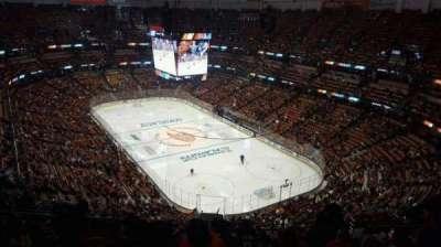 Honda Center, sección: 426, fila: R, asiento: 8