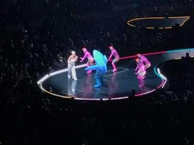 Madison Square Garden, sección: 207, fila: 1, asiento: 6