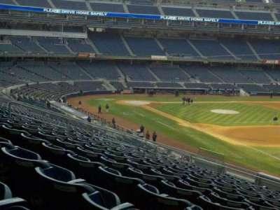 Yankee Stadium sección 211