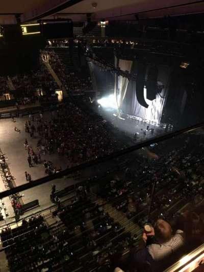 Madison Square Garden, sección: 313, fila: 2, asiento: 2