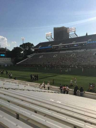 Bobby Dodd Stadium, sección: 121, fila: 22, asiento: 17