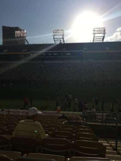 Bobby Dodd Stadium, sección: CL-2, fila: 18, asiento: 28