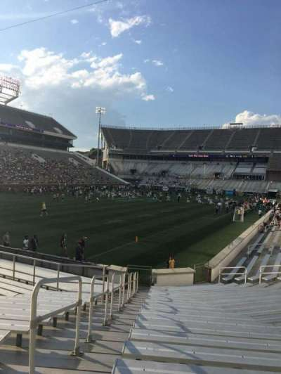 Bobby Dodd Stadium, sección: 131, fila: 22, asiento: 1