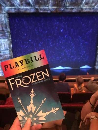 St. James Theatre, sección: Mezzanine Center, fila: D, asiento: 114