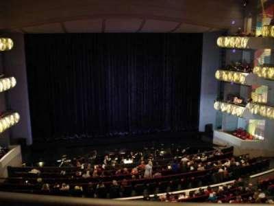 Kauffman Center for Performing Arts, sección: Grand Terrance, fila: BBB, asiento: 103