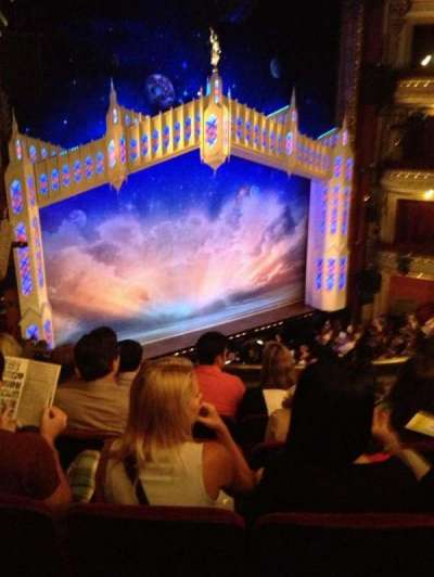 PrivateBank Theatre, sección: Mezz-L, fila: E, asiento: 13