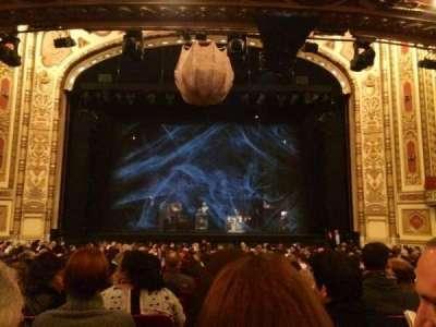 Cadillac Palace Theater, sección: Orchestra C, fila: T, asiento: 110