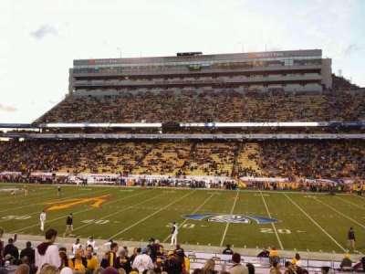 Sun Devil Stadium, sección: 28, fila: 22, asiento: 23