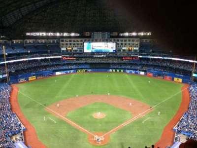Rogers Centre, sección: 524AL, fila: 20, asiento: 110