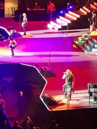 Madison Square Garden, sección: 211, fila: 1, asiento: 21