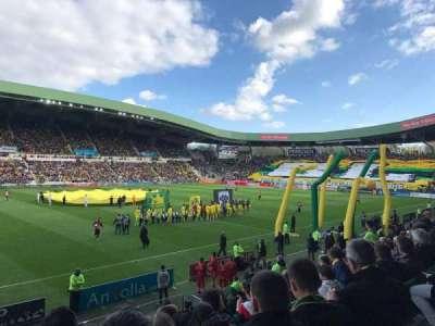 Stade de la Beaujoire, sección: Presidentielle, fila: O, asiento: 205