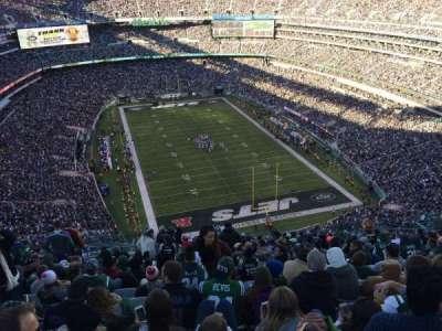 MetLife Stadium, sección: 328, fila: 26, asiento: 18