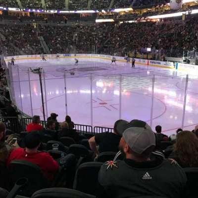 T-Mobile Arena, sección: 19, fila: J, asiento: 9
